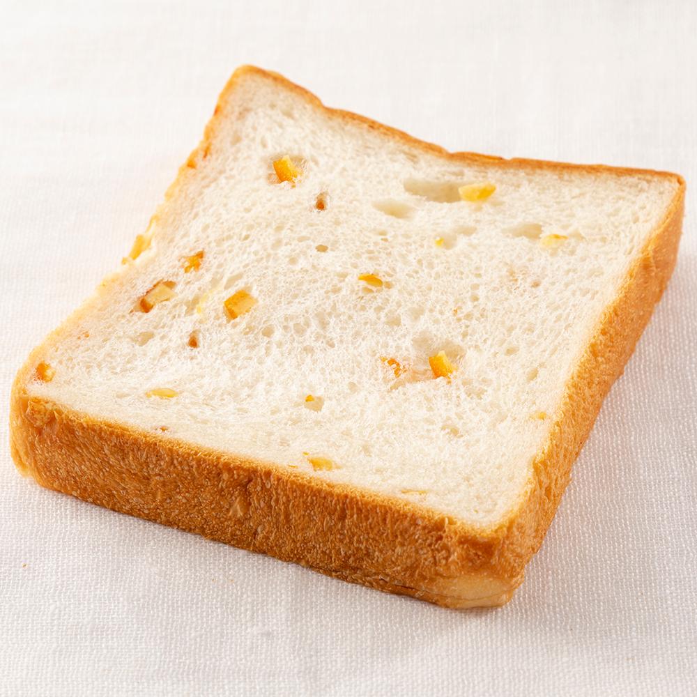 オレンジ食パンの写真